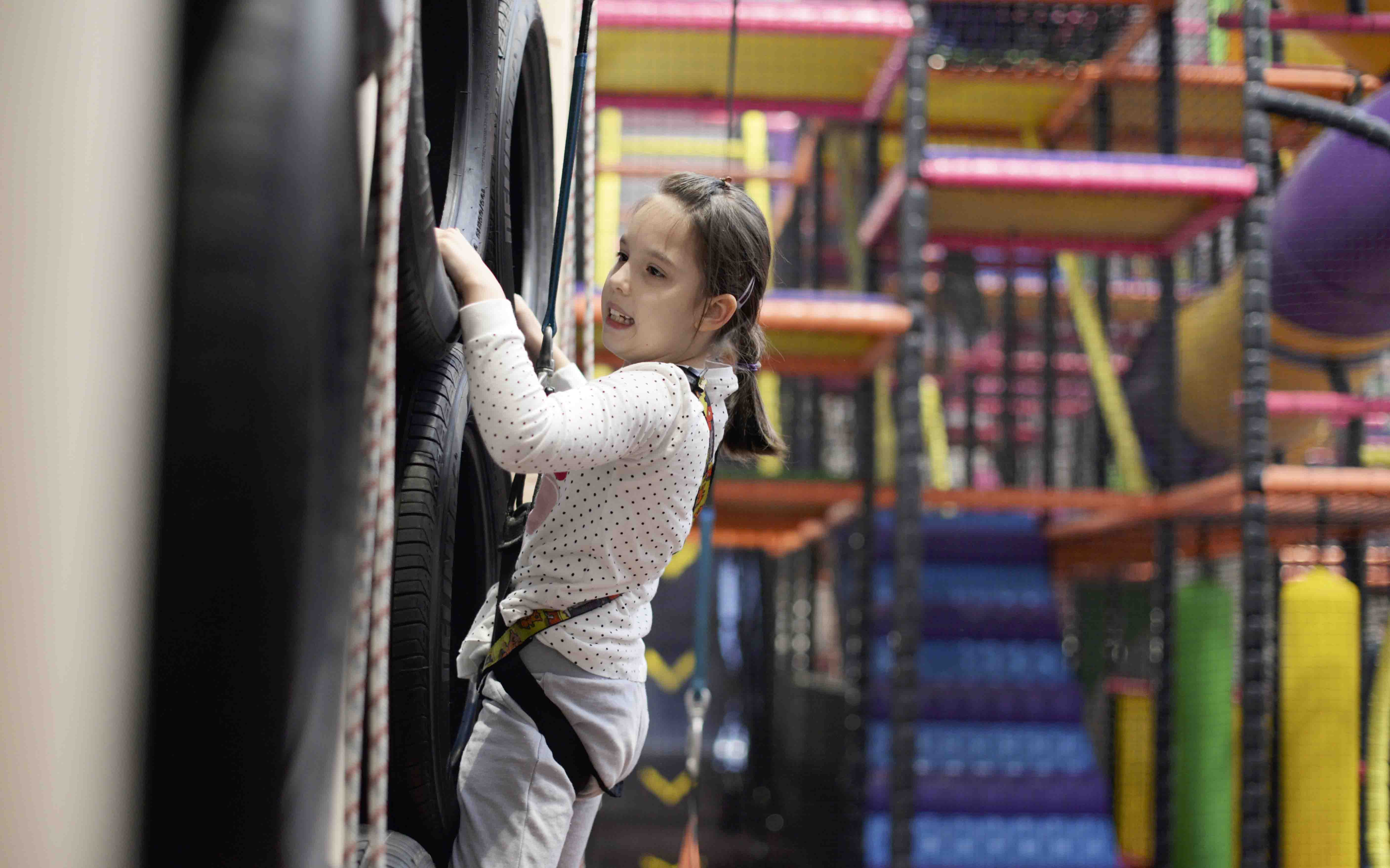 Enjoy climb and play for £5 Mondays between 4pm to 7pm